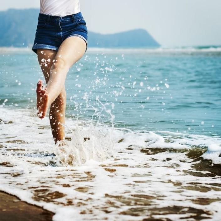 spiaggia_piedi_nudi